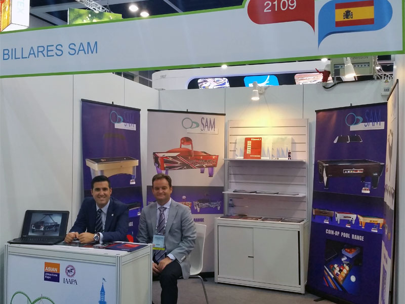 Sam à Asian Attraction Expo (IAAPA) 2015